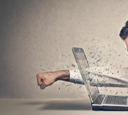Menjaga Lisan di Era Media Sosial