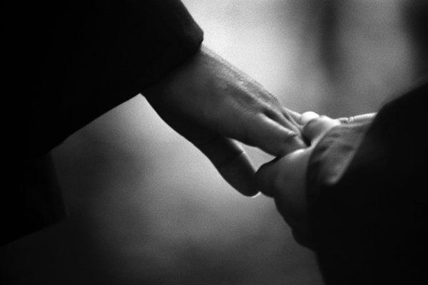 Pengaruh Kebaikan dan Amal Shalih Orang Tua bagi Anak