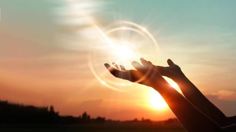 Kewajiban Mencintai, Mendoakan dan Memohonkan Ampunan bagi Para Sahabat Nabi