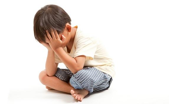 Menghadapi Kecemburuan pada Anak